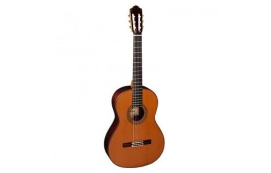 قیمت خرید فروش گیتار کلاسیک Almansa 459 Cedar