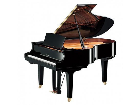 پیانو گرند Yamaha C3PE